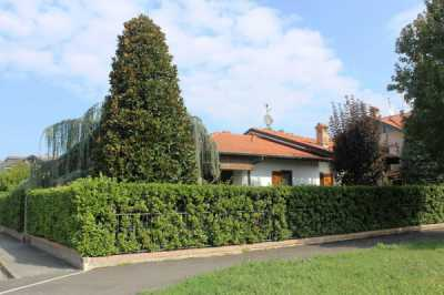 Villa in Vendita a Cerro al Lambro via Filippo Turati
