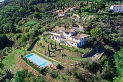 Villa in Vendita a Lucca via della Pieve Santo Stefano