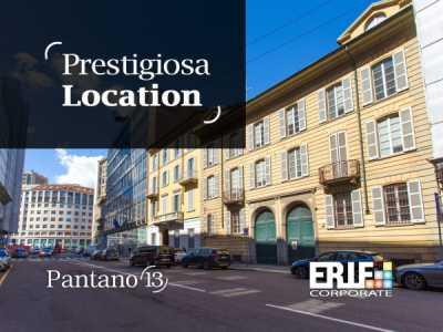 Palazzo Stabile in Affitto a Milano via Pantano 13