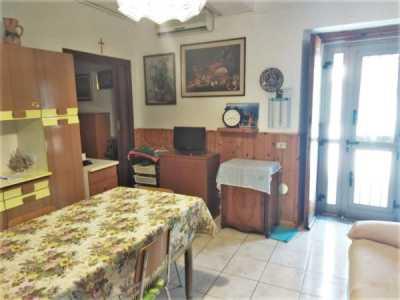 Appartamento in Vendita a Parabiago via Paolo Mantegazza