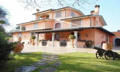 Villa in Vendita a San Cesareo via Maremmana 39