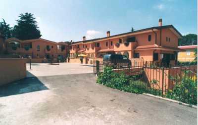 appartamento in Vendita a roma via galbiate 26