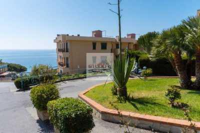 Appartamento in Vendita a Santo Stefano al Mare via Venezia