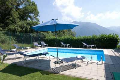 Villa in Vendita a Dizzasco via Valle Intelvi