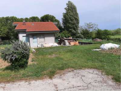 Indipendente in Vendita a Rimini via Fiumicino 115