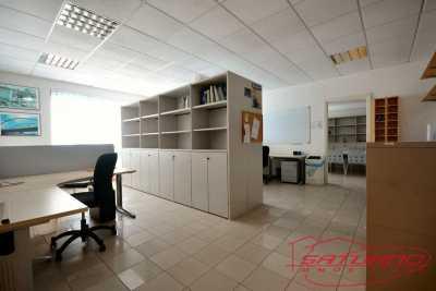 Ufficio in Vendita a Capannori via di Sottopoggio Guamo
