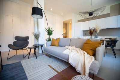 Appartamento in Vendita a Milano via Degli Imbriani 39