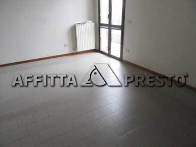 Attività Commerciale in Affitto a forlì viale roma