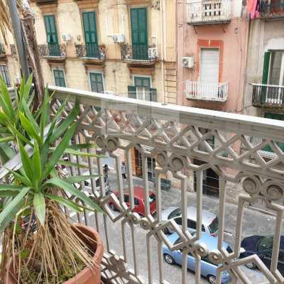 Appartamento in Vendita a Napoli via Cirillo 27 Centro Foria Duomo