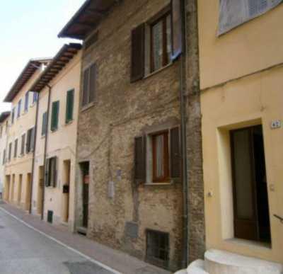 Villa in Vendita a Torgiano via g Garibaldi