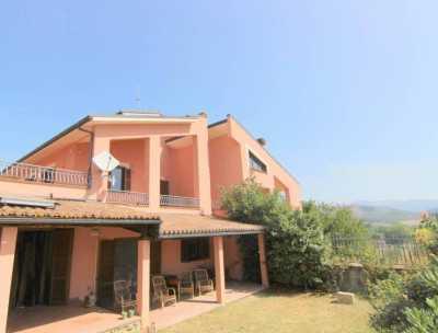 Villa Bifamiliare in Vendita a L