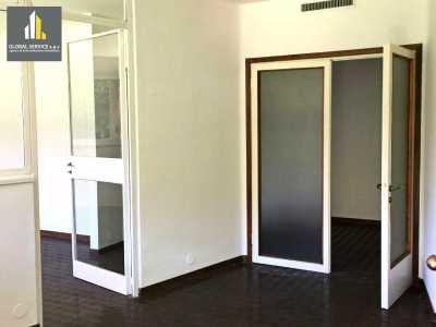 Appartamento in Affitto a Varese via Sant