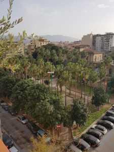 Appartamento in Vendita a Palermo Piazza Lolli Dante Alighieri