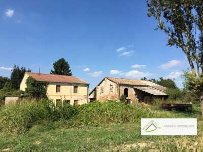 Casa Indipendente in Vendita a papozze via borgo santi