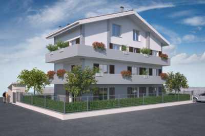 Appartamento in Vendita a Monza Viale Sicilia