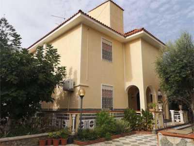 Villa in Vendita a Carini via Magellano