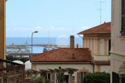 Appartamento in Vendita ad Imperia Viale Giacomo Matteotti 105