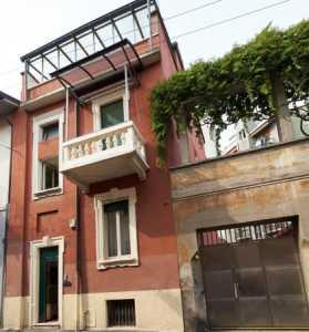 Indipendente in Vendita a Milano via Turro 5