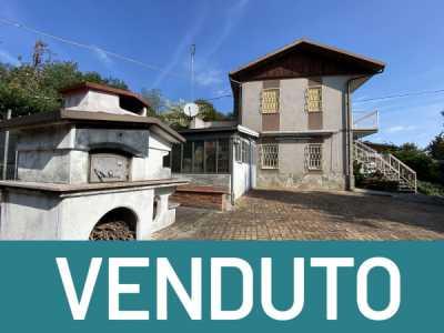 Villa in Vendita a Bagnolo Piemonte via Resiassa 16