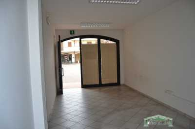 Locale Commerciale in Affitto a Pieve a Nievole Pieve a Nievole