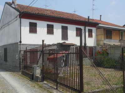 Villa Bifamiliare in Vendita ad Alessandria Cabanette