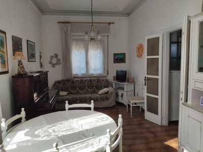 Indipendente in Vendita a Piacenza via Manfredi