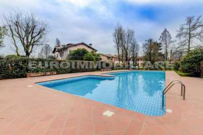 Villa in Vendita a Gussago via Sale 111