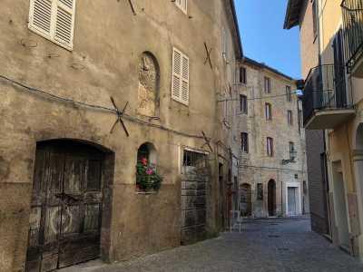 Casa Indipendente in Vendita a comunanza via gioacchino rossini