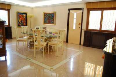 Villa in Vendita a Roma via Dei Sette Metri 100