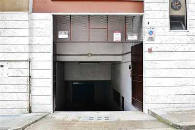 Box Posto Auto in Vendita a Putignano Centro