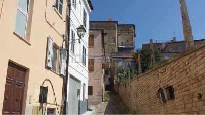 Vendita case centro storico fermo for Piani di casa di log di storia singola