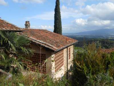 Rustico Casale Corte in Vendita a Lucca via della Maolina, Arsina