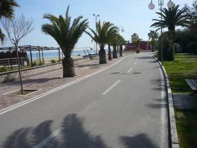 Albergo Hotel in Vendita ad alba adriatica lungomare marconi