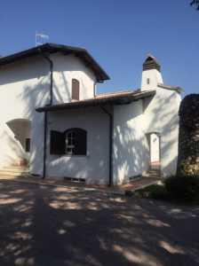 Villa in Vendita a Fonte Nuova via Venezia Giulia , Santa Lucia