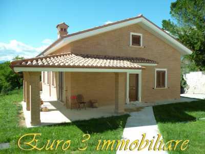 Villa in Vendita ad Ascoli Piceno