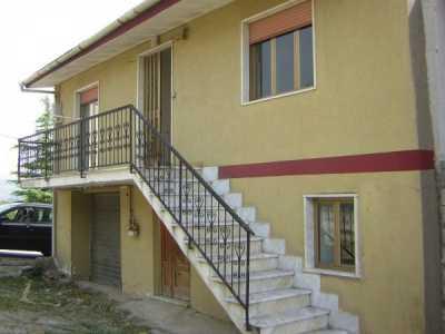 Villa in Vendita a Calabritto Quaglietta