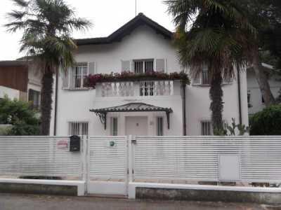 Villa in Affitto a Riccione via Trento e Trieste