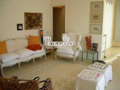 Appartamento in Vendita a Forte Dei Marmi via Vanzetti Centro
