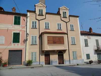 stanze in Vendita a Camerana via roma