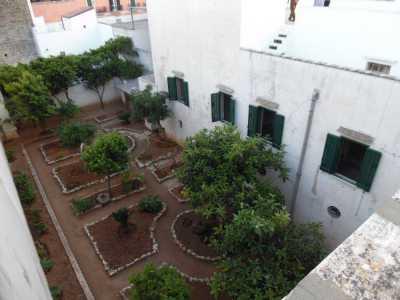 Edificio Stabile Palazzo in Vendita a Casarano
