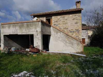 Rustico Casale in Vendita a San Severino Marche