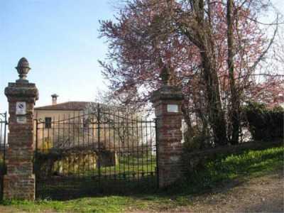 Rustico Casale in Vendita a Pianello Val Tidone