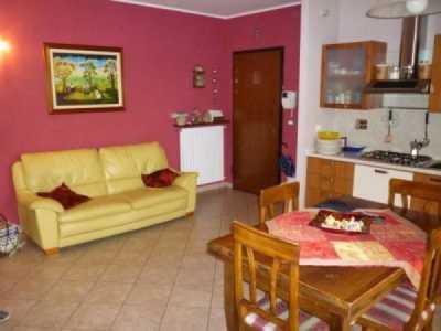 Appartamento in Vendita ad Osasco via Bricherasio