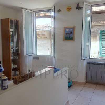 Appartamento in Vendita a Ventimiglia via Piemonte 65 Centro Storico