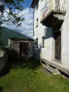 Casa Indipendente in Vendita a trontano via tignolino 9